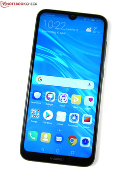 The Huawei Y7 2019 smartphone review. Test device courtesy of Huawei Germany.