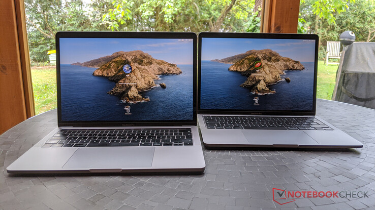 MacBook Pro 13 2019 (left) vs. MacBook Po 13 2020 (right)
