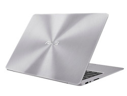 in review: Asus Zenbook UX330UA. Test model courtesy of CampusPoint